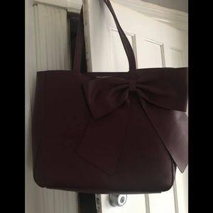 Handbags - KARL LAGERFELD CUTE TOTE PURSE!